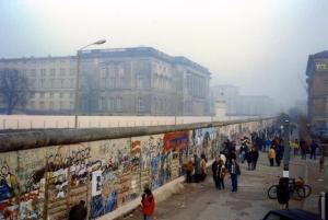 Berliner Mauer zwischen Martin-Gropius-Bau und Abgeordnetenhaus