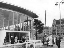 Berlin, Bahnhof Friedrichstraße, Glashalle, Eingang