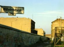 Mauer in der Wilhelmstraße
